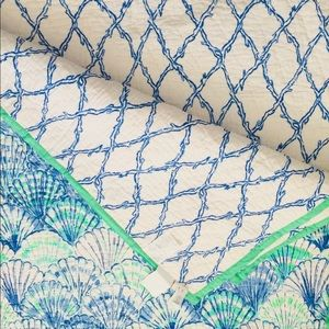 Lilly Pulitzer Oh Shello REVERSIBLE Quilt